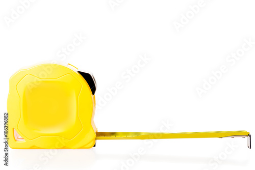 the yellow measuring tape isolated close up Fototapet