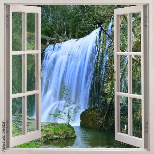 otworz-okno-na-guide-falls-park-alpaca-na-polnocny-zachod-od-tasmanii-tuz-obok-burnie-auastralia