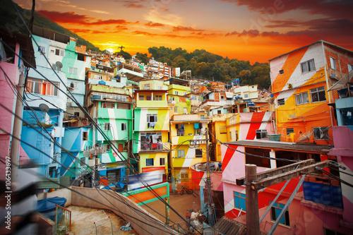 La pose en embrasure Brésil Rio de Janeiro downtown and favela