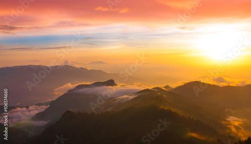 Recess Fitting Sunset Mountain sunset autumn. Sunny rays