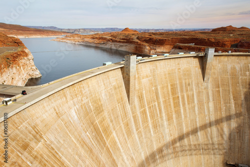 In de dag Dam Glen Canyon Dam, Colorado River, Arizona, United States