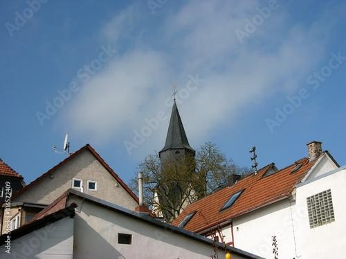 Der alte Ortskern von Heuchelheim mit der Martinskirche im Kreis Gießen in Mitte Canvas Print