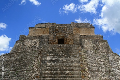 Fotografie, Obraz  Top Section of Ruins in Uxmal Mexico