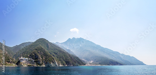 Valokuva Mountaines Athos in Greece
