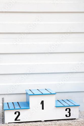Podio Vuoto Bianco E Azzurro Su Sfondo Chiaro Buy This Stock Photo