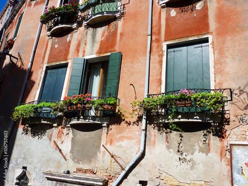 ヴェネツィアの壁 © yaputara