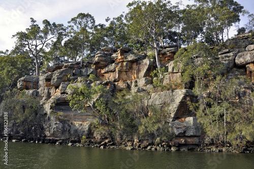 Fototapeten Forest river river escarpment along the Shoalhaven river near Nowra, New South Wales Australia