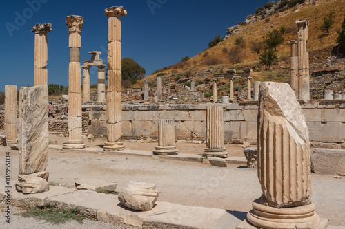 Foto op Aluminium Rudnes Ruins of the ancient city of Ephesus, Turkey