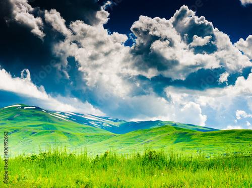 In de dag Lime groen Beautiful landscape, summer day in mountains