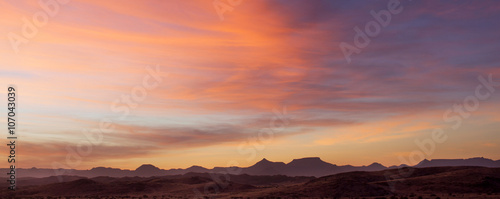Canvas Print Paesaggio al tramonto