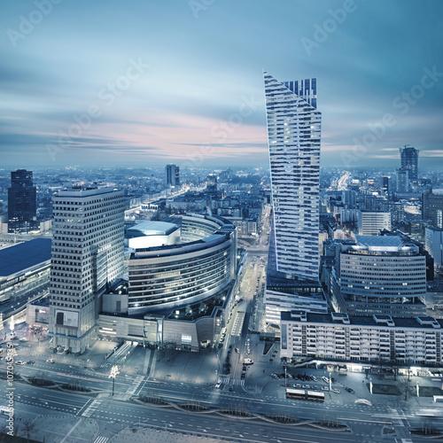 Zdjęcie XXL Panorama nowoczesnej Warszawy nocą