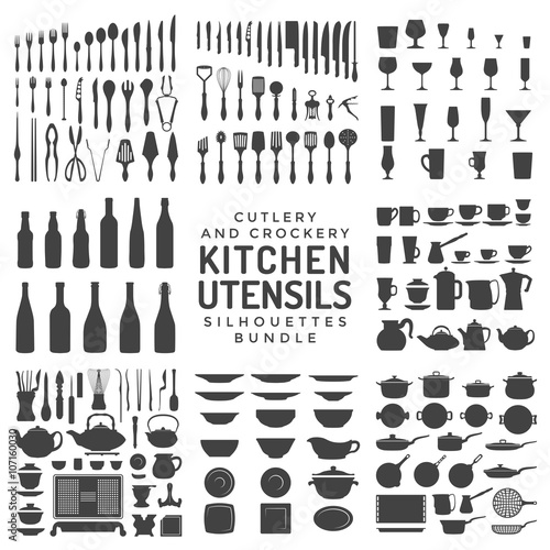 Fotografía  kitchen utensils silhouettes bundle.