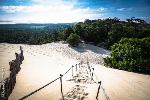 Foto  Dune du Pilat at 114 Metres the highest sand dune in Europe near