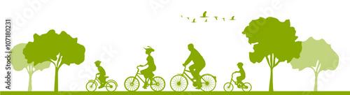 Radfahrer Radtour Familie - 107180231