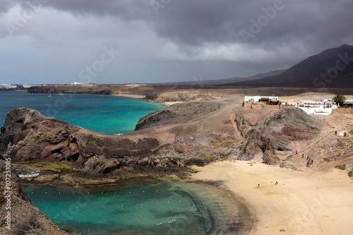 Spoed Fotobehang Zalm Panoramic view of the Playa Papagayo, golden sandy beach - Lanzarote