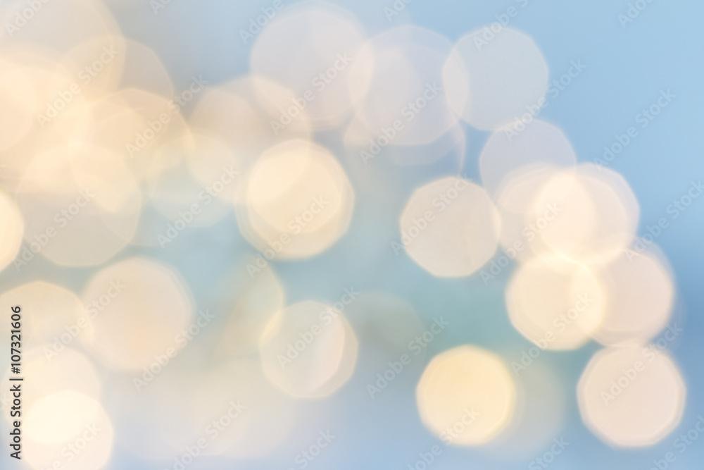 Fototapety, obrazy: ljus mot blå bakgrund ofokuserad