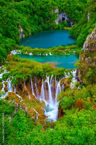 Deurstickers Groene Waterfalls in Plitvice National Park
