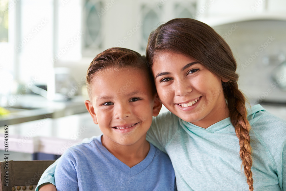 Fototapety, obrazy: Head And Shoulders Portrait Of Hispanic Children At Home