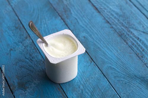 Plakat Jogurt i łyżka