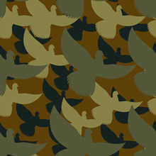 Military Camouflage Pigeons. Birds Protective Seamless Pattern.