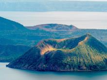 Taal Volcano , Tagaytay , Phil...
