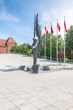 Pomnik Ofiar Grudnia 1970 - Szczecin, Na Placu Muzeum Przełomów W Szczecinie