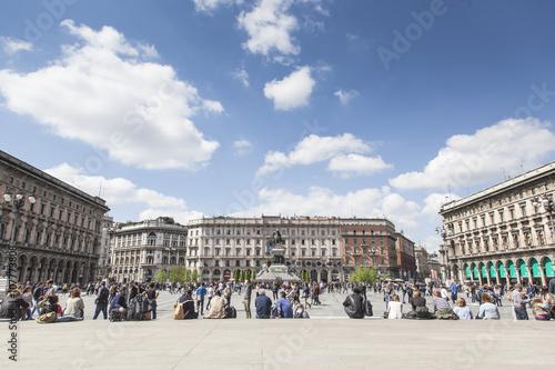 Piazza Duomo a Milano in lombardia, Italia Plakát