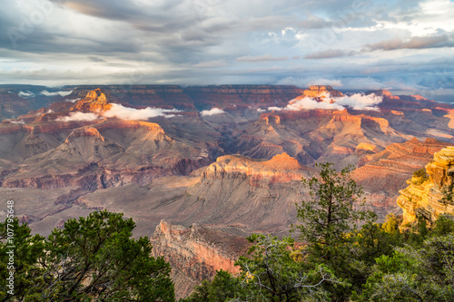In de dag Bruggen Grand Canyon National Park at dusk, Arizona, USA