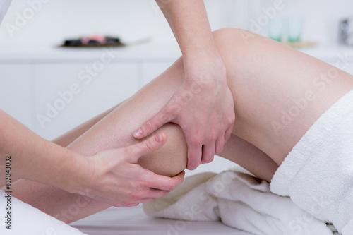 Photo  wadenkrämpfe behandeln