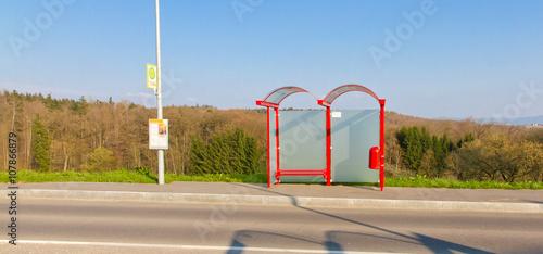 Fotografia, Obraz  Bushaltestelle auf dem Land