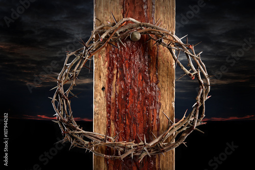 Canvas Print Crown of Thorns on Cross