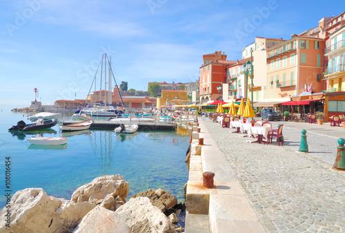 Deurstickers Nice Villefranche-sur-Mer an der französischen Riviera nahe Nizza,Cote d` Azur,Südfrankreich
