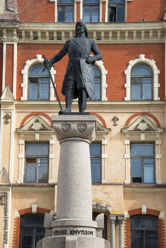 Fotografie, Obraz  The monument to the founder Vyborg castle (Swedish Marshal Torgils Knutsson)