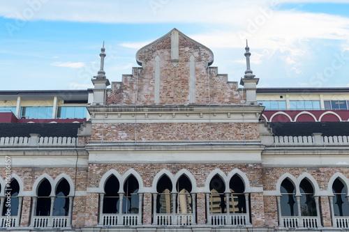 Photo  Wall of Sultan Abdul Samad building in Kuala Lumpur, Malaysia