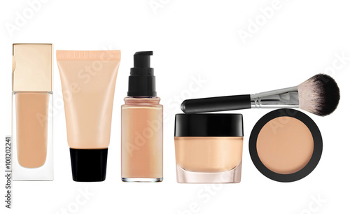 Fotografiet liquid makeup foundation in bottle and face powder isolated on w