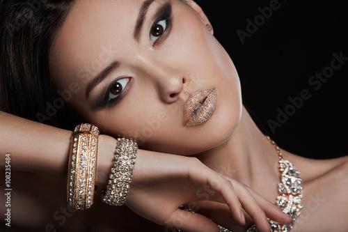 Резултат со слика за photos of  women elegant earings