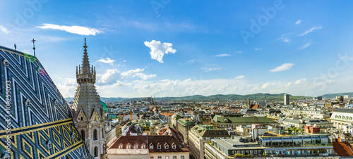 Ingelijste posters Wenen Aerial View Of Vienna City Skyline