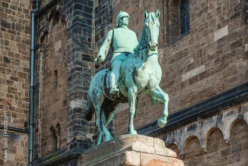 Tableau sur Toile Statue of Otto von Bismarck, German Chancellor