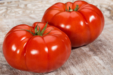 Fresh, juicy, organic red tomatoes