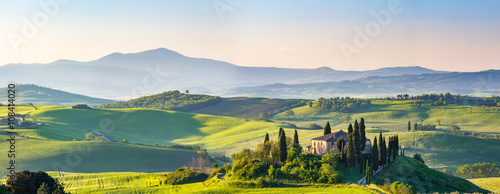 Printed kitchen splashbacks Tuscany Beautiful spring landscape in Tuscany, Italy