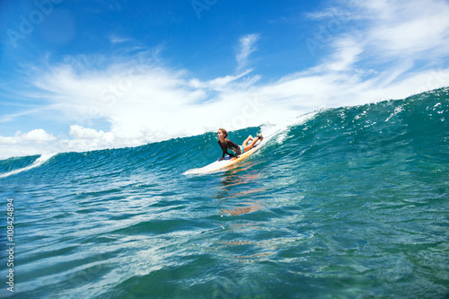 Photo  Kid surfing