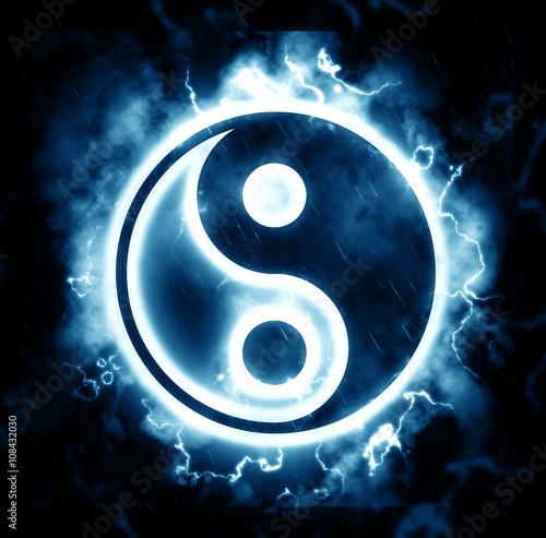 Fotografie, Obraz  Lightning yin-yang sign