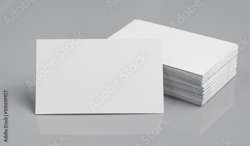 Fotografia, Obraz  blank business cards on grey background,texte & logo