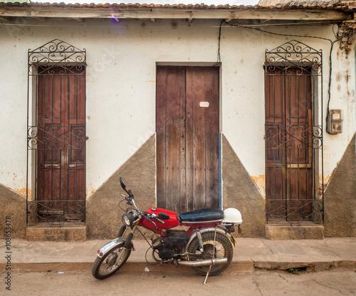 Fototapety, obrazy: moto cubana