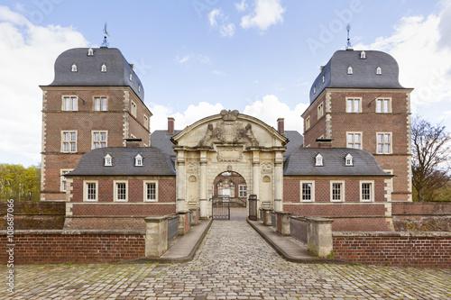 Montage in der Fensternische Schloss Castle Ahaus, front entrance view