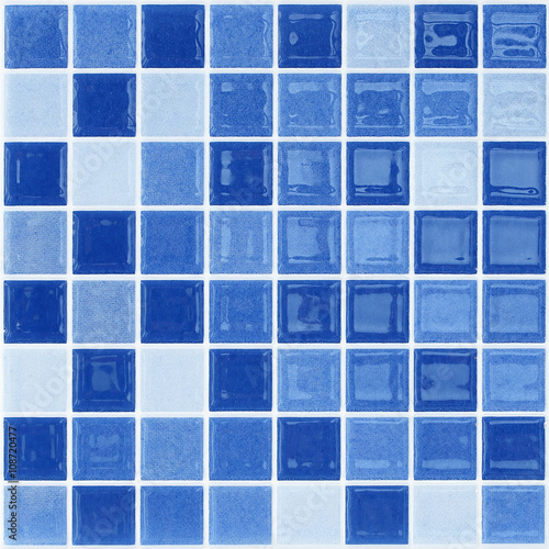 Fotografía  Blue glass mosaic tile wall