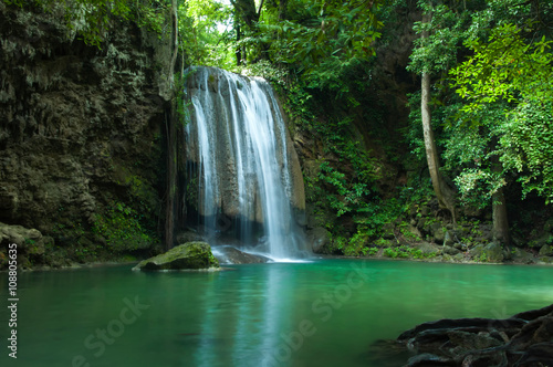 Photo Stands Waterfalls Erawan waterfall , Loacated Kanjanaburi Province , Thailand