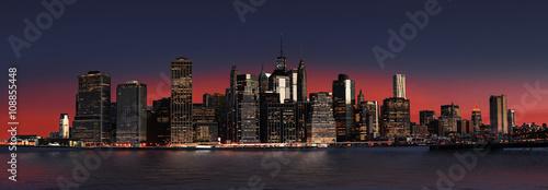 Aluminium Prints Red Manhattan at night