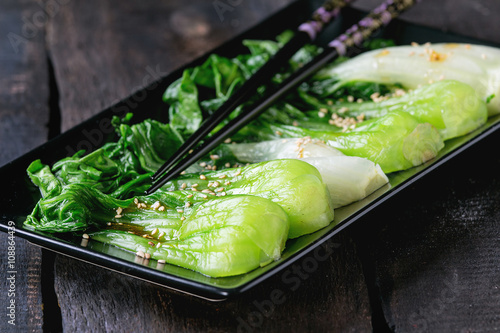 Photo  Cooked bok choy with sesame seeds