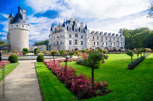 Spoed Foto op Canvas Kasteel Chenonceau castle is one of the most famous castles of the loire valley in France.